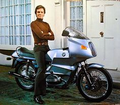 The Saint's 1977 BMW Motorcycle from The Return of The Saint TV show starring Ian Ogilvy Motorcycle Boots Outfit, Motorcycle Shop, Bike Bmw, Bmw Motorcycles, Classic Motors, Classic Bikes, Custom Bmw, Bmw Boxer, Bike Style