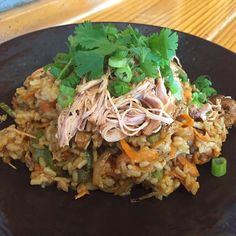 Happy Friday everyone! Boca 31 has the perfect lunch laid out for you. Today @chefandresmeraz is serving Smoked Chicken Fried Rice w/ carrots peppers green onions ginger-soy and cilantro. 12$ @boca31.denton  #boca31 #bestofdenton #chefandresmeraz #dentonslacker #yodenton #dentoning #dentonite #wedentondoit #wddi #discoverdenton #dentonproud #doingitdenton #denton #dentontexas #latinflavors #visitdenton #welovedenton #eatlocal #eatfresh #supportlocal #dentontx
