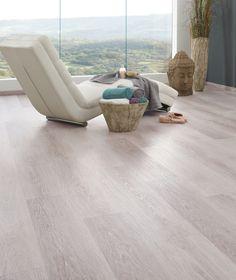 seinä, ainakin kun on valoisaa. Flooring Ideas, Open Concept, Comfort Zone, Floor Chair, Floors, Living Room, Wood, Furniture, Home Decor