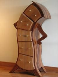 Wow, how cool are these drawers?! This would be SO cute in a kid's room!