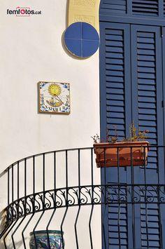 Els balcons i els blaus de Sant Pol de Mar, Maresme, Catalunya (The balconies & the blues of Pol de Mar)