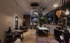 네일이 예쁘다 - 네일샵인테리어 - 디자인투플라이 Japanese Restaurant Design, Interior Architecture, Conference Room, Table Decorations, Building, Furniture, Signage, Home Decor, Living Room
