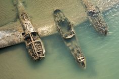 The remains of an American WWII aircraft that crashed on a beach in Wales [1200797]