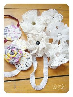 how to make all sorts of flowers. The trick is to do it WITHOUT using glue :)