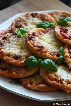Savory Pastry, Savoury Baking, Good Food, Yummy Food, Sandwich Cake, Sweet And Salty, I Foods, Vegetable Pizza, Food Inspiration