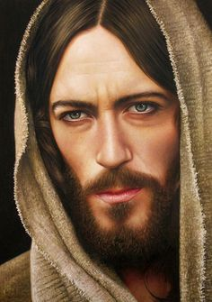 Jesus Cristo by fabianoMillani on deviantART ~ hyper-realistic oil painting {this image from Jesus of Nazareth mini-series portrayed by Robert Powell} Jesus Christ Painting, Jesus Drawings, Image Jesus, Realistic Oil Painting, Jesus Tattoo, Pictures Of Jesus Christ, Creation Photo, Jesus Face, Jesus Lives