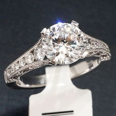 Tacori-HT2510-Diamond-18K-Engagement-Ring