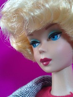 Barbie with her everlasting eyes! Play Barbie, Barbie I, Barbie And Ken, Barbie Style, Vintage Barbie Clothes, Vintage Dolls, Doll Display, American Dad, Barbie Collection