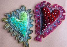 Dog-Daisy Chains blog, beautiful free motion embroidery embellishments!