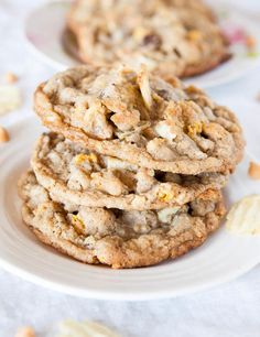 Copycat Momofuku Compost Cookies- These homemade cookies have a random assortment of delicious goodies inside, like cereal, potato chips, and coffee!