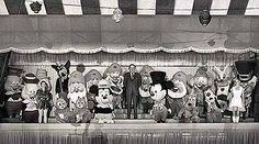 Holidayland, Disneyland 1966