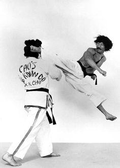 master-cho-jump-spinning-kick-postimg-128v.jpg (512×719)