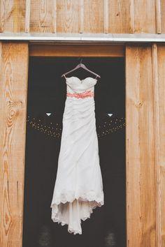 IMG_0027_kansas, leavenworth, lawrence, photographer, farm, country, wedding, diy, rustic, barn.jpg