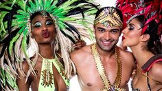 carnival costumes - Get ready to dance Rio style! Carnival Costumes, Samba, South America, Travel Inspiration, Feather, Glitter, Dance, Outfit, Pictures
