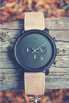 Style says a lot about a man. Fine tune your style with a minimalist watch that … Style says a lot about a man. Fine tune your style with a minimalist watch that will be sure to turn heads. Mvmt Watches, Luxury Watches, Cool Watches, Watches For Men, Black Watches, Fossil Watches, Casual Watches, Wrist Watches, Herren Chronograph