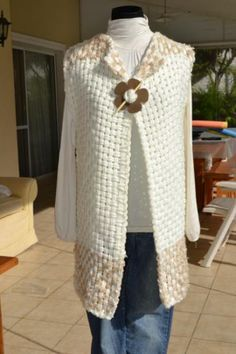 Resultado de imagen para productos en telar maria Loom Weaving, Hand Weaving, Textiles, Lace Outfit, Knit Crochet, Knitting, Sewing, Color, Clothes