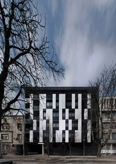 Gallery of Residential Building in Vase Stajića Street / Kuzmanov and Partners - 1
