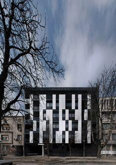 Galería - Edificio Residencial en la Calle Vase Stajića / Kuzmanov and Partners - 1