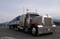 http://www.hankstruckpictures.com/pix/trucks/bc_trucks/2005/may01/dsc_7379.jpg