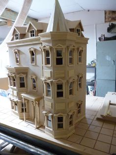 Doll House 1/12 SCALE DOLLS HOUSE ready made in Dolls & Bears, Dolls' Houses   eBay