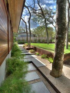Holzhaus minimalistischer Garten-design betonsteine-anlegen