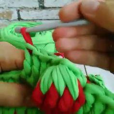 Crochet lesson series - Crochet and Knitting Crochet Basket Pattern, Crochet Flower Patterns, Crochet Stitches Patterns, Crochet Flowers, Crochet Quilt, Crochet Granny, Crochet Motif, Crochet Shoes, Love Crochet