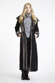 Full Length Large Collar Hooded Shearling Coat #4925 | Blue Duck Shearling