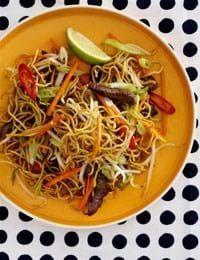 Friske dagligvarer, gode tilbud og inspiration - Se her Snack Recipes, Healthy Recipes, Snacks, Healthy Food, Ramadan Recipes, Ramadan Food, Eat To Live, Wok, Food Inspiration