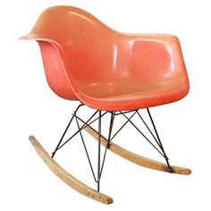 This whole mid-century style is growing on me.Charles Eames chairs in particular.