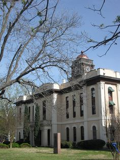 Bastrop County Courthouse, TX by MT_Image, via Flickr