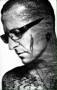 Beautiful Legend Chester Bennington ❤🤘 Your voice will always be home💙🎤🤘 Chester Bennington, Charles Bennington, Chester Rip, Linkin Park Chester, Nu Metal, Heavy Metal, Linkin Park Wallpaper, Linking Park, Double Exposure Photography