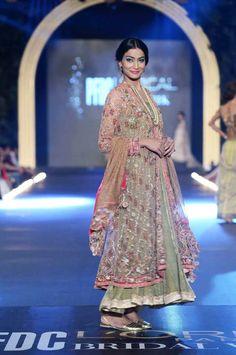 PFDC L'Oreal Bridal Fashion Week 2013 – Misha Lakhani [Bohemian Heiress]