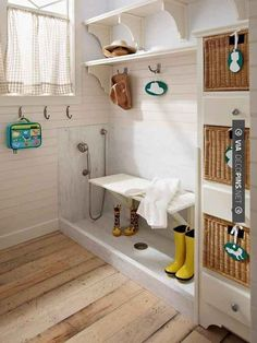 Add a doggie wash to a mudroom, laundry room, or entryway. | 33 Insanely Clever Upgrades To Make To Your Home Side Porch, Coat Storage, Shower Pan, Porch Makeover, Dog Wash, Home Organization, Home Budget, Dog Eating, Discount Dog Food