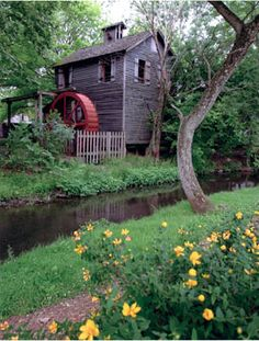 Cannonsburgh Village and Williamson Chapel ~ in Murfreesboro, Tennessee. Old Grist Mill, Water Powers, Water Mill, Old Barns, Le Moulin, Covered Bridges, Beautiful Landscapes, Land Scape, Old Houses
