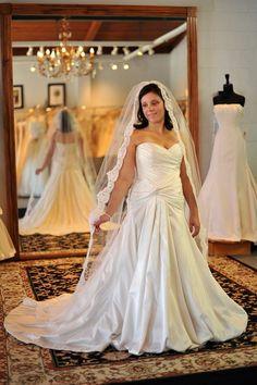 "Chapel Length Alencon Lace Wedding Veil - 90"" - Marie"