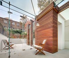 What a terrace? in in Central London? Great Design!  Modern Terrace of Wood and Glass by DOS Architects  http://freshome.com/2011/10/10/modern-terrace-of-wood-and-glass-by-dos-architects/