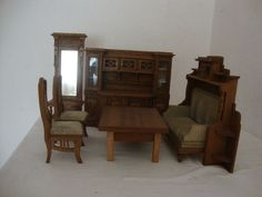 puppenstube wohnzimmer jugendstil gr nderzeit vertiko klavier anrichte sofa 1900 gr nderzeit. Black Bedroom Furniture Sets. Home Design Ideas