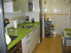 1000 images about new house on pinterest american - Cocinas verdes y blancas ...