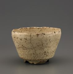 Tea bowl with notched foot, Hagi ware  late 17th century #chawan