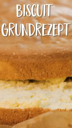 This easy Vanilla Cake Recipe will become your new favorite. A simple white cake recipe with a tender and moist crumb and a vanilla buttercream with just the right amount of sweetness. Easy Vanilla Cake Recipe, Easy Cake Recipes, Keto Recipes, Biscuits, Cream Cheese Pound Cake, Cream Cake, New Cake, Recipe For 4, Basic Recipe