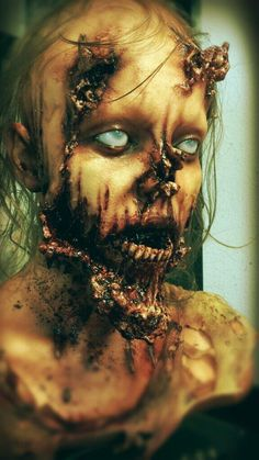 ProFX Motion Picture Quality Productions #thewalkingdead #zombies #Hollywood @TWDGermany @TWDStuff @LAHorrorcom pic.twitter.com/77IbzwHdHl