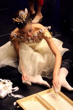 Preparations backstage at the ballet.