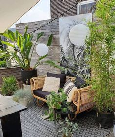 When decorating your outdoor space, the Bohemia garden theme is an increasingly popular display that can give your space some bright and pleasant aesthetics. The bohemian decoration is not only bea… Outdoor Rooms, Outdoor Gardens, Outdoor Living, Outdoor Decor, Outdoor Furniture Small Space, Outdoor Life, Small Patio, Bohemian Decor, Bohemian Garden Ideas