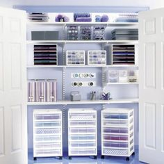 why, oh why can't my craft closet look like this????