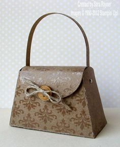 A stylish purse made with the Petite Purse die & Natural Composition dsp. Thanks Sara!