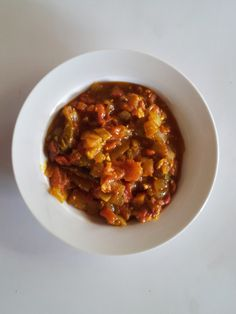 Traditional Traditional Zimbabwe Cuisine: Recipes from Zimbabwe, , - ☮️elisa ✝️ toxey☮️ - African Food Zimbabwe Food, Zimbabwe Recipes, Chakalaka Recipe, Breakfast Recipes, Dinner Recipes, How To Read A Recipe, Fish And Seafood, International Recipes, Ethnic Recipes