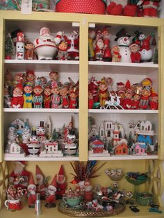 My year round Vintage Christmas.Don't want to box everything up! (former pinner) 1980s Christmas, Christmas Tree Themes, Antique Christmas, Christmas Past, Vintage Christmas Ornaments, Christmas Images, Country Christmas, Christmas Angels, Christmas Vignette