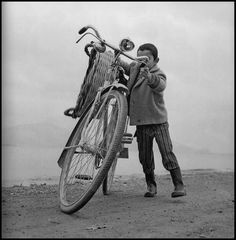 Greece Pictures, Paros, Vintage Pictures, Explore, Children, Photography, Times, Young Children, Boys