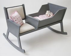 DSGN for kids: Rockid- rocking chair with integrated cradle by Ontwepduo.