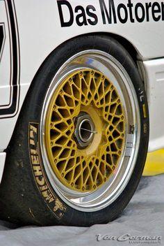 Bbs Wheels, Vossen Wheels, Chrome Wheels, Bmw E30 M3, Motorcycle Wheels, Jaguar F Type, Bike Wheel, Alloy Wheel, Cars